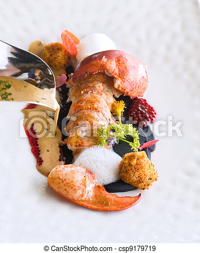 Lobster on a plate - csp9179719