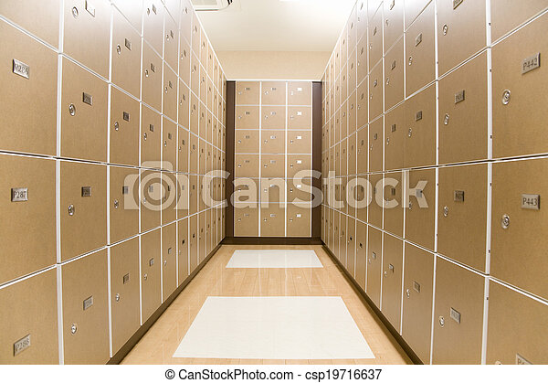 locker room - csp19716637