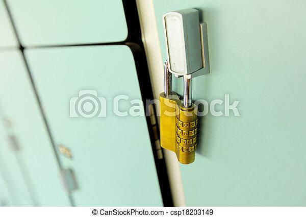 Locker - csp18203149