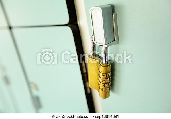 Locker - csp18814891