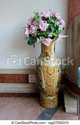 Lofty Decorative Flower Vase Tall Ceramic Flower Vase With