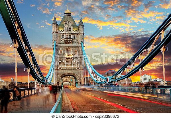 London, Tower Bridge - csp23398672