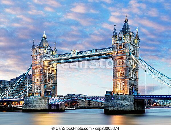 London, Tower Bridge - csp28005874