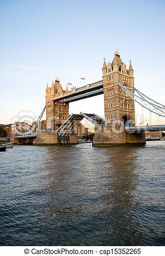 Londres - csp15352265