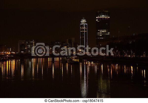 Londres - csp18047415