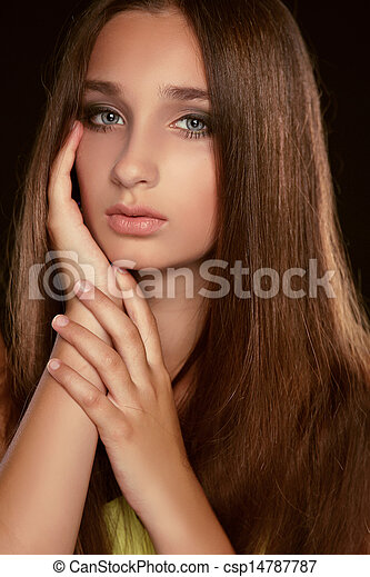 long hair. beauty woman with healthy brown hair. model pictures