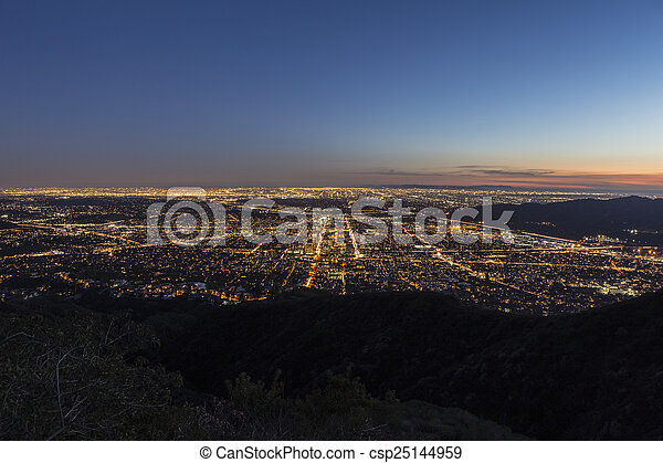 Los Angeles and Glendale Mountaintop View. - csp25144959