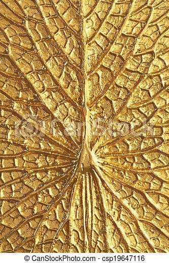 Goldene Lotus-Struktur - csp19647116
