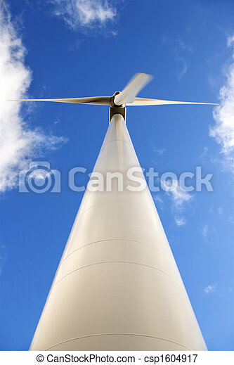 Low angle of wind turbine. - csp1604917