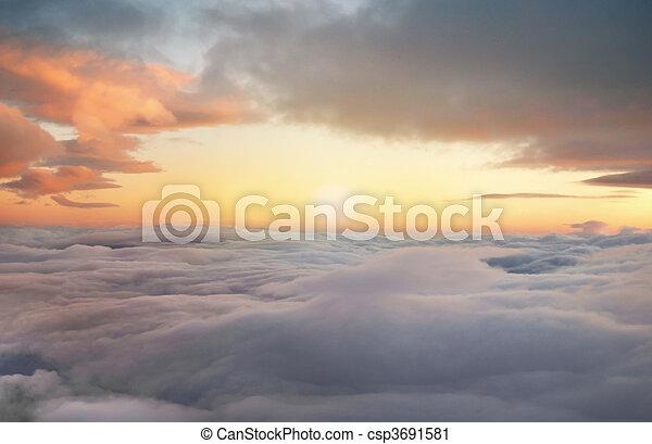 luchten, zonopkomst - csp3691581