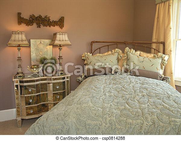 Luxury 6 - Bedroom 1 - csp0814288