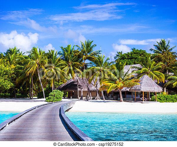 Luxury beach resort - csp19275152