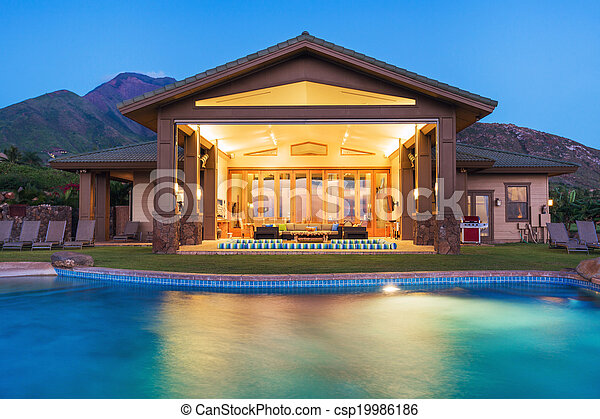 Luxury home with swimming pool - csp19986186