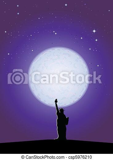 Estatua de la Libertad a la luz de la luna - csp5976210