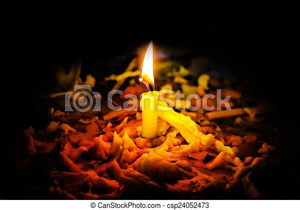 Llama de luz de velas - csp24052473
