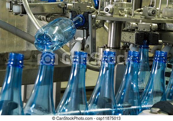 máquina água, producao, garrafa - csp11875013