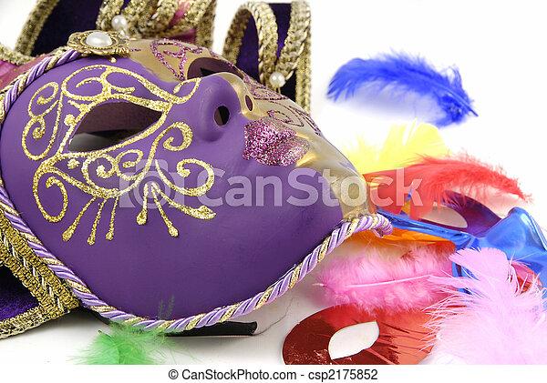 Máscara y plumas - csp2175852