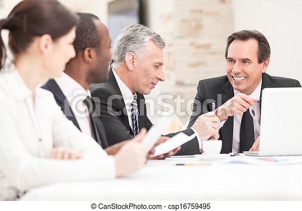 místo, business národ, běžet, zabalit do papíru prkna, usmívaní - csp16759495