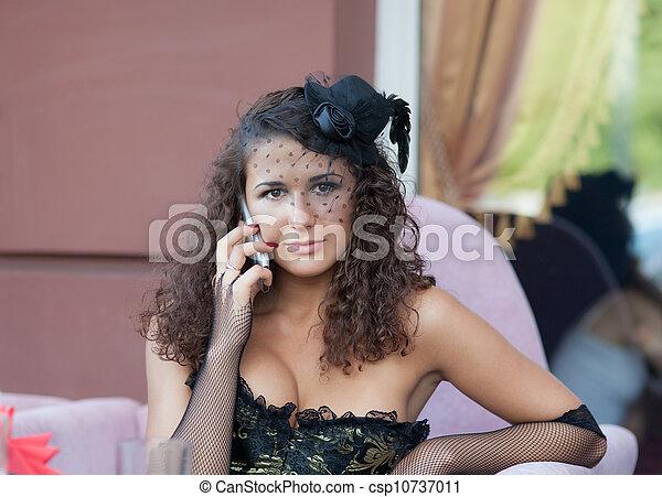 Mädchen im cafe kennenlernen