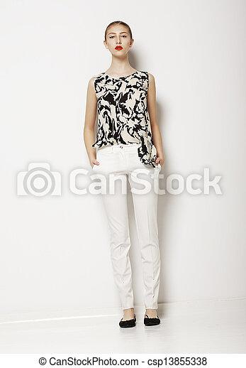 mód, nő, fény, felett, fiatal, háttér., mód, elegáns, fehér, hadügyminisztérium, öltözék - csp13855338