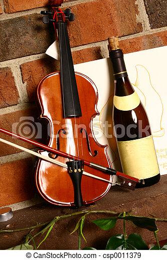 Vino y música - csp0011379