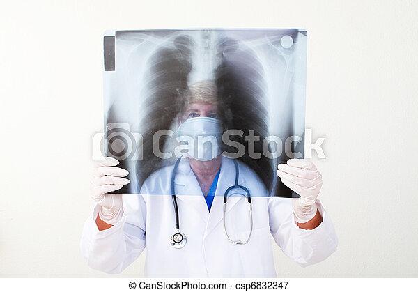 mûrir, docteur féminin - csp6832347