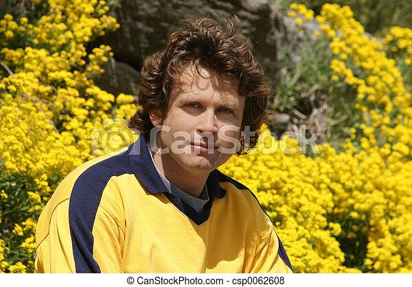 młody, żółty, człowiek - csp0062608