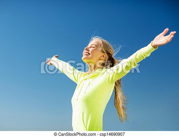 ma na sobie kobietę, outdoors - csp14690907