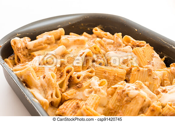 Macaroni with meat baked with cheese - csp91420745