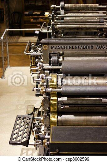 machine, bezig met afdrukken van, oud, compensatie - csp8602599