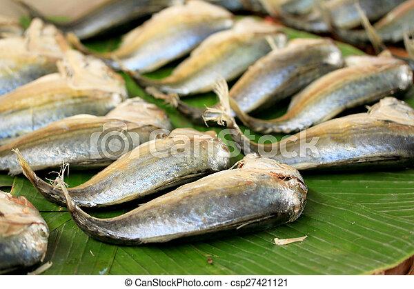 Mackerel fish in the market - csp27421121