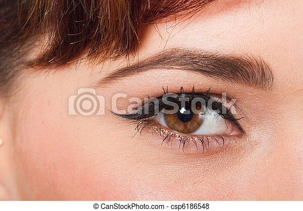 macro beautiful female eye - csp6186548