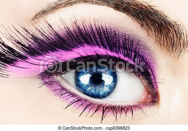 Macro of eye with fake eyelashes. - csp6396823