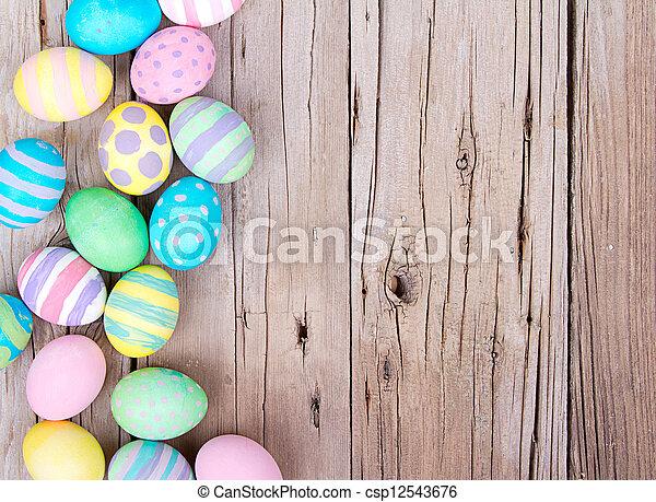 madeira, ovos, páscoa, fundo - csp12543676