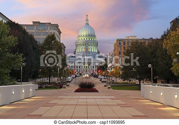 madison., de bouw van capitol van de staat - csp11093695