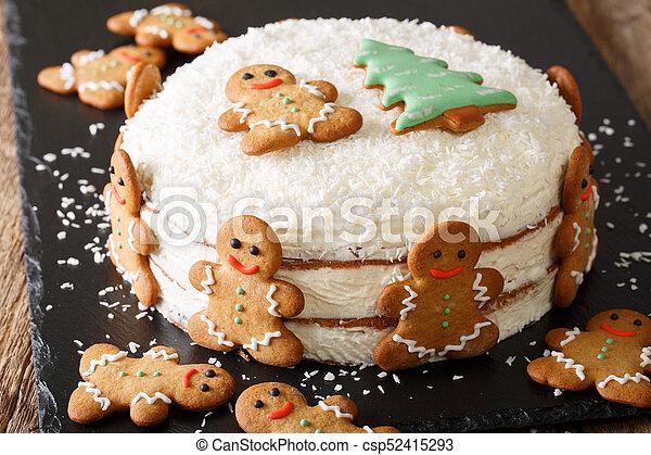 stockfotografien von maenner weihnachten lebkuchenkuchen. Black Bedroom Furniture Sets. Home Design Ideas