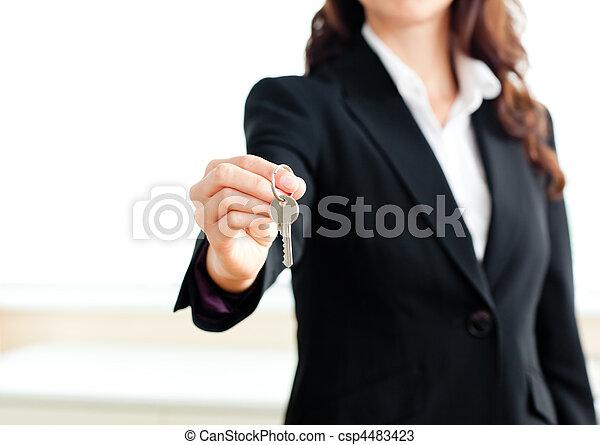 magabiztos, birtok, üzletasszony, közelkép, kulcs - csp4483423