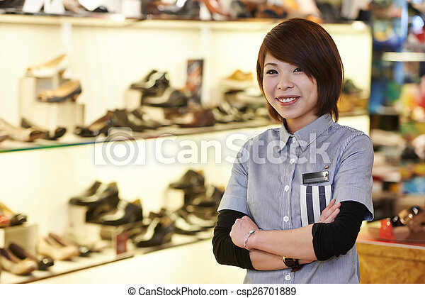 5de6886b4ebae0 Magasin, chaussure, chinois, vendeur. Magasin, chinois, aide, jeune ...