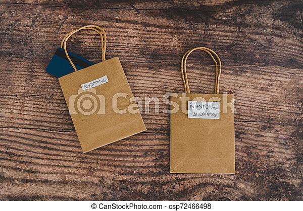 magasin, sacs, fou, achats, flatlay, étiquettes, intentional - csp72466498