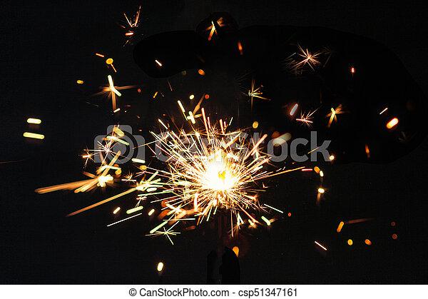 Weihnachtsdeko Lichter.Magisches Weihnachten Plakat Festlicher Funken Concept Neu Weihnachtsdeko Lichter Geburstag Schwarz Hintergrund Jahr Wunderkerze