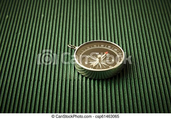 magnétique, papier, vert, compas - csp61463065