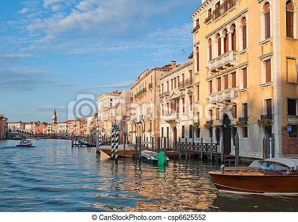 Gran canal, Venecia, Italia - csp6625552