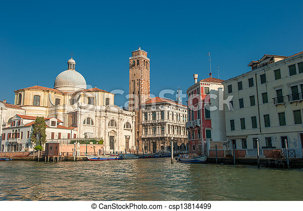 Gran canal, Venecia, Italia - csp13814499