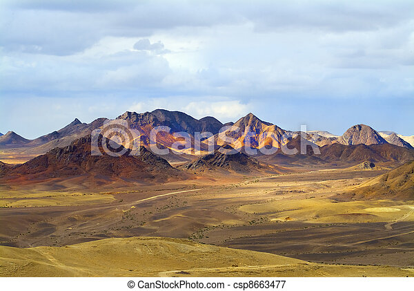 Un paisaje magnífico - csp8663477