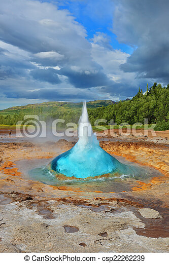 Magnificent geyser Strokkur - csp22262239