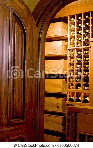 mahogany door and wine cellar - csp0500074