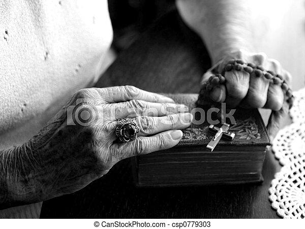 mains, femme, porté, vieux, fatigué - csp0779303