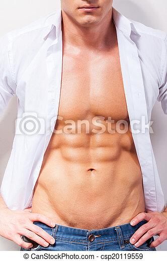 mains, musculaire, hanche, homme, gros plan, jeune, chemise, beau, unbuttoned, mon, shirt., tenue, sexy - csp20119559