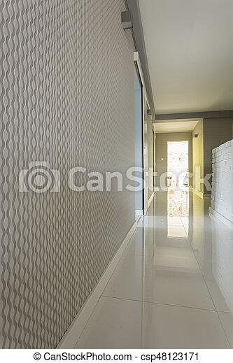 Maison, clair, papier peint, gris, couloir. Plancher,... image ...
