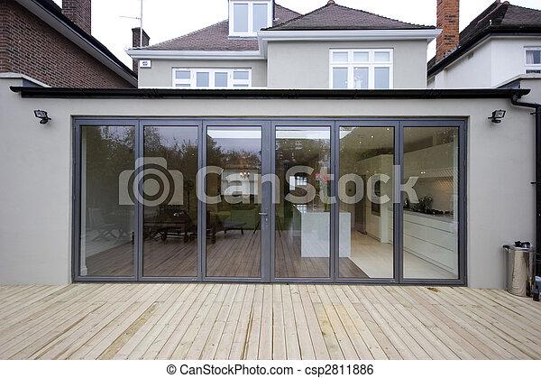 maison extension cuisine extension dehors vue cuisine image de stock recherchez photos. Black Bedroom Furniture Sets. Home Design Ideas